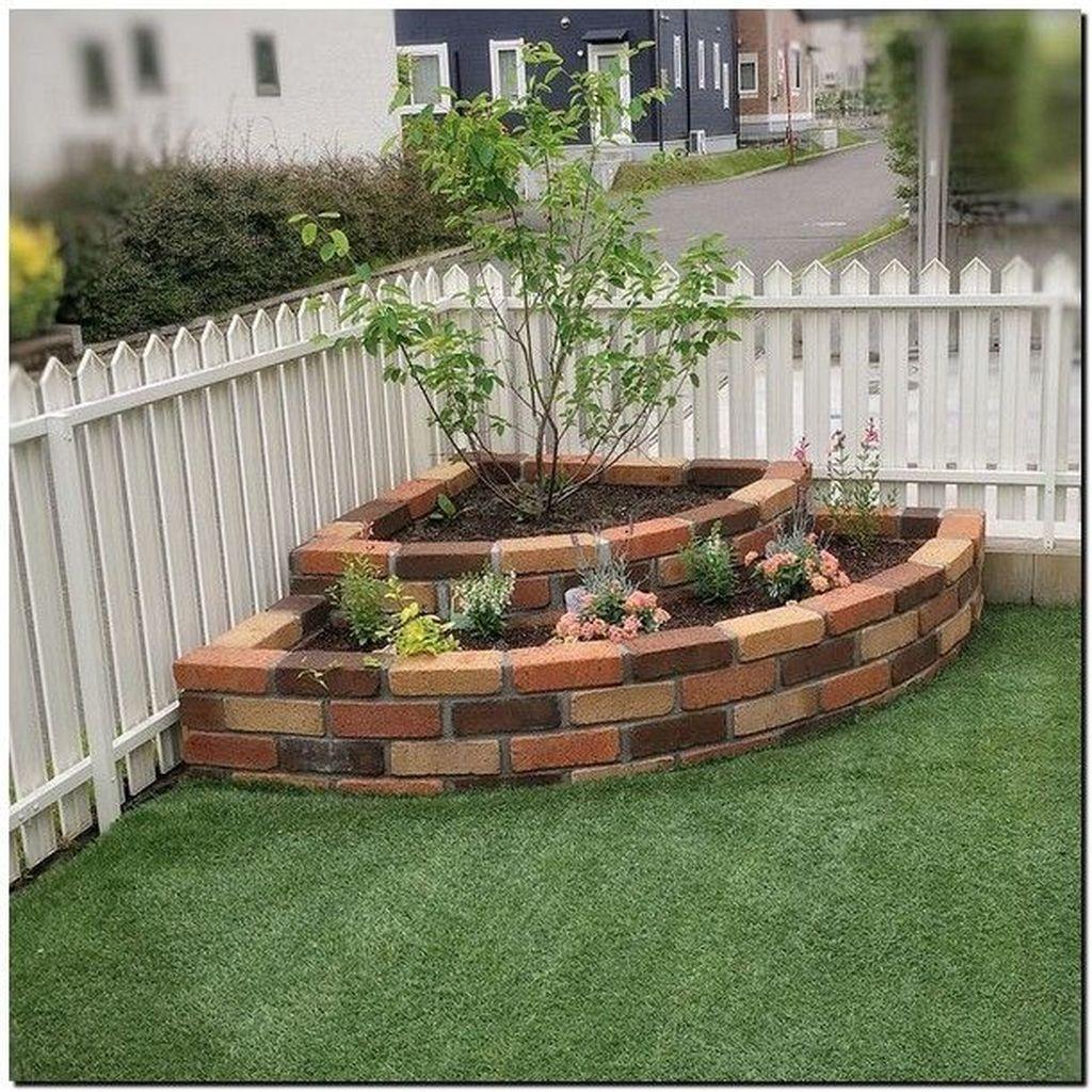 33 Amazing Front Garden Landscaping Ideas Fresh Looks Front Garden Landscape Backyard Garden Landscape Garden Design Layout