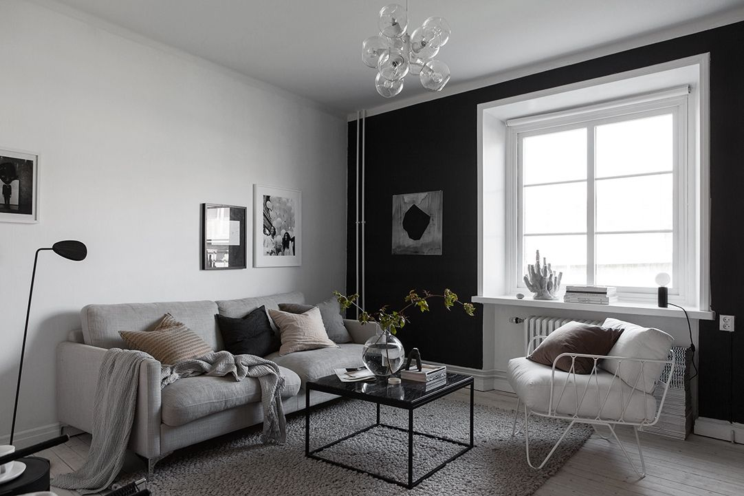 Style and Create — Black, white & grey in a perfect combination. Love everything about this home of Swedish interior stylist Elin Kickén | Her apartment in Gothenburg is now for sale via Alvhem