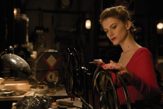 imdb com points of interest the projector the film  inglourious basterds shoshanna is barefoot during the final scenes in the projection room