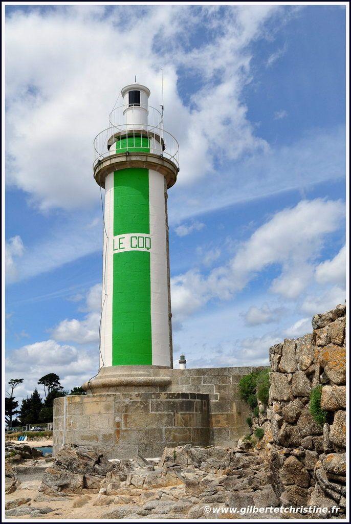Phare Du Coq Benodet Finistere Bretagne Believe That The Station Was Established In 1905 Phare Gardien De Phare Phare Ouest