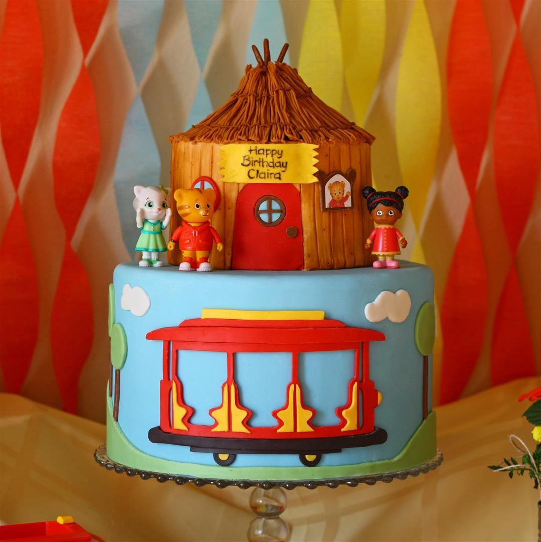 Daniel Tiger Birthday With Images Daniel Tiger Birthday Cake