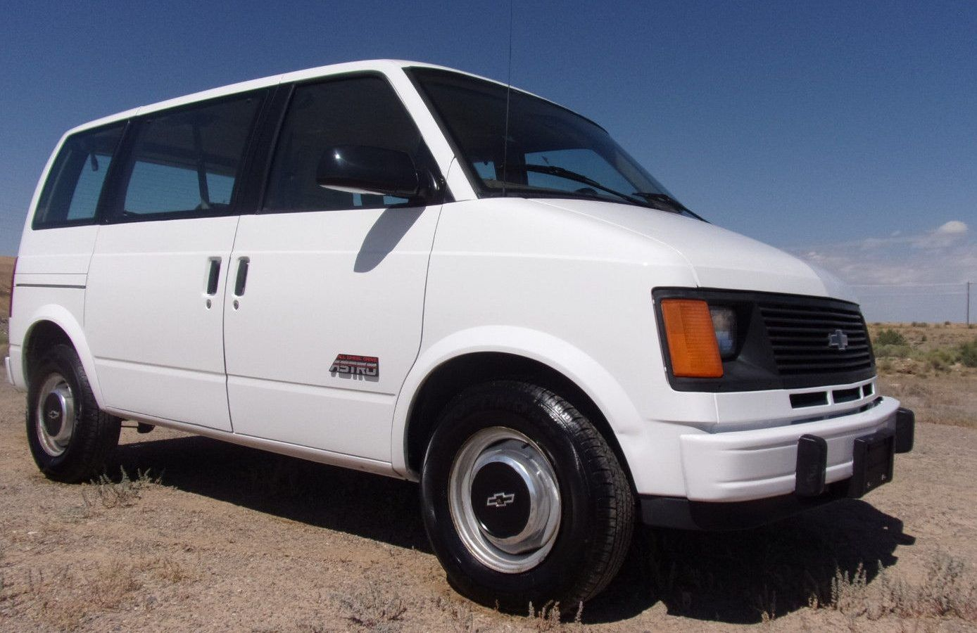 Never This Nice: 1993 Chevy Astro AWD   Barn Finds   Chevy astro van