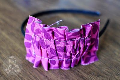 Funky Polkadot Giraffe: Tutorial Thursday: Interchangeable Ruffle Headband