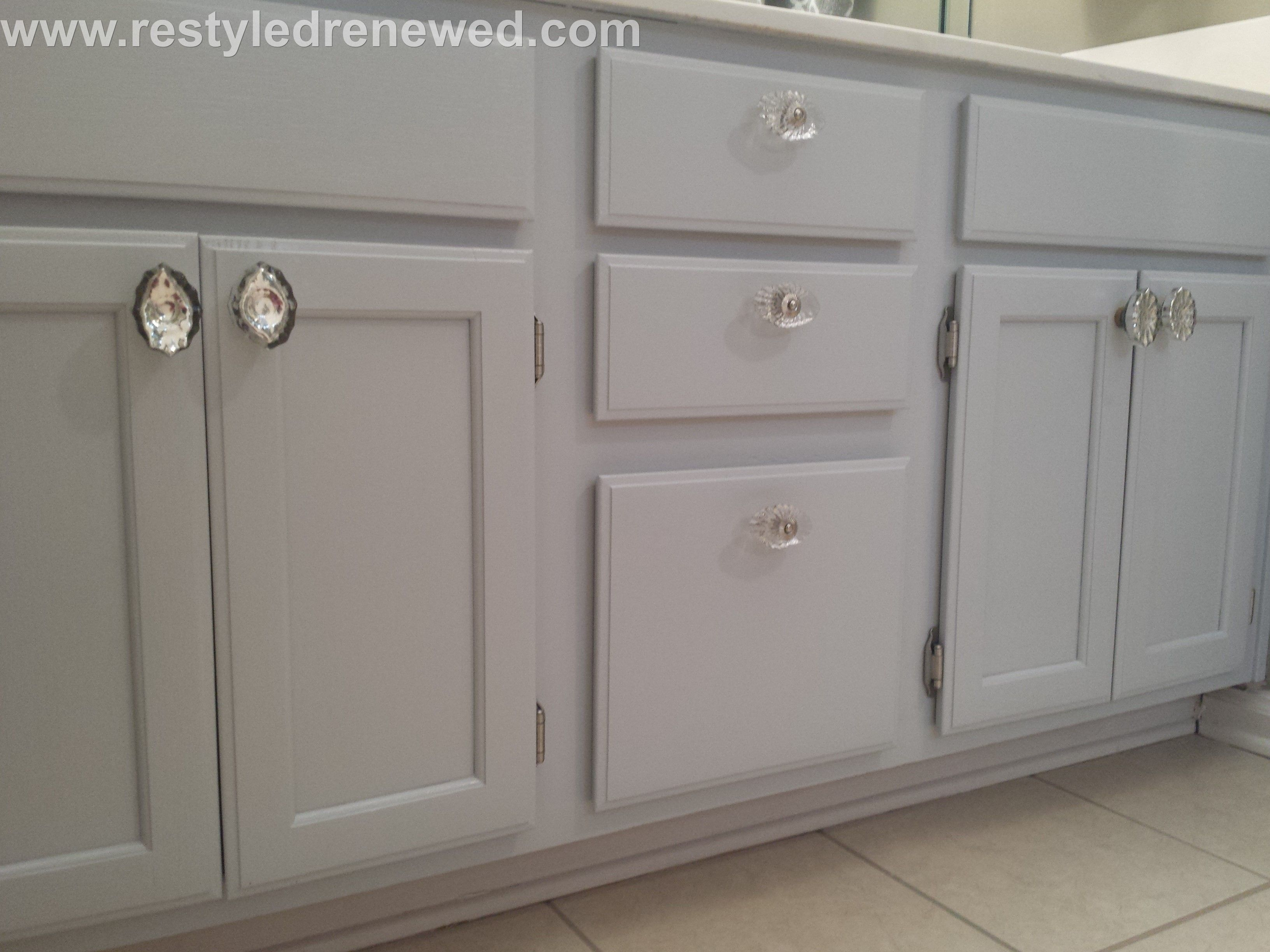 Benjamin Moore Advance paint in Silver Lining Mercury and
