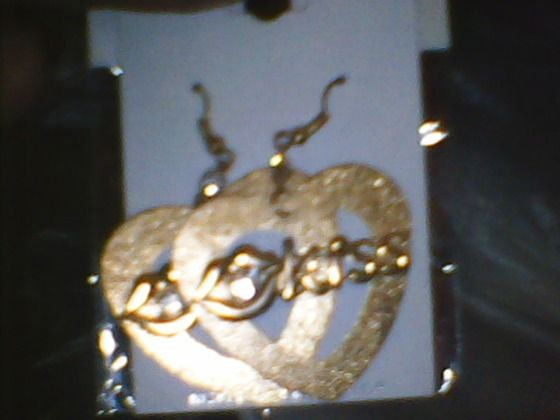 Ladies Heart Shaped Gold Toned Kiss with Little Lips Earrings Brand New #10 $5.00