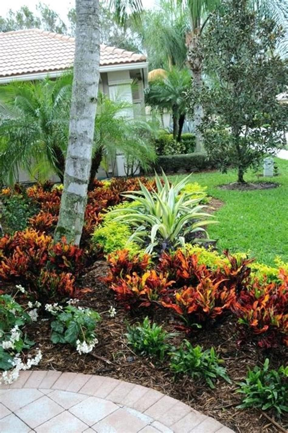 42 Best Front Yard Landscaping Ideas On A Budget Low Maintenance 28 Florida Landscaping Low Maintenance Garden Design Tropical Landscaping