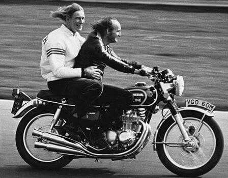1974 Brands Hatch Mike Hailwood Amp James Hunt Riding On