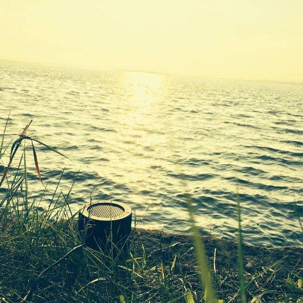#Minirig #beach #sunshine #portablespeaker #Minirigs #nomorecables