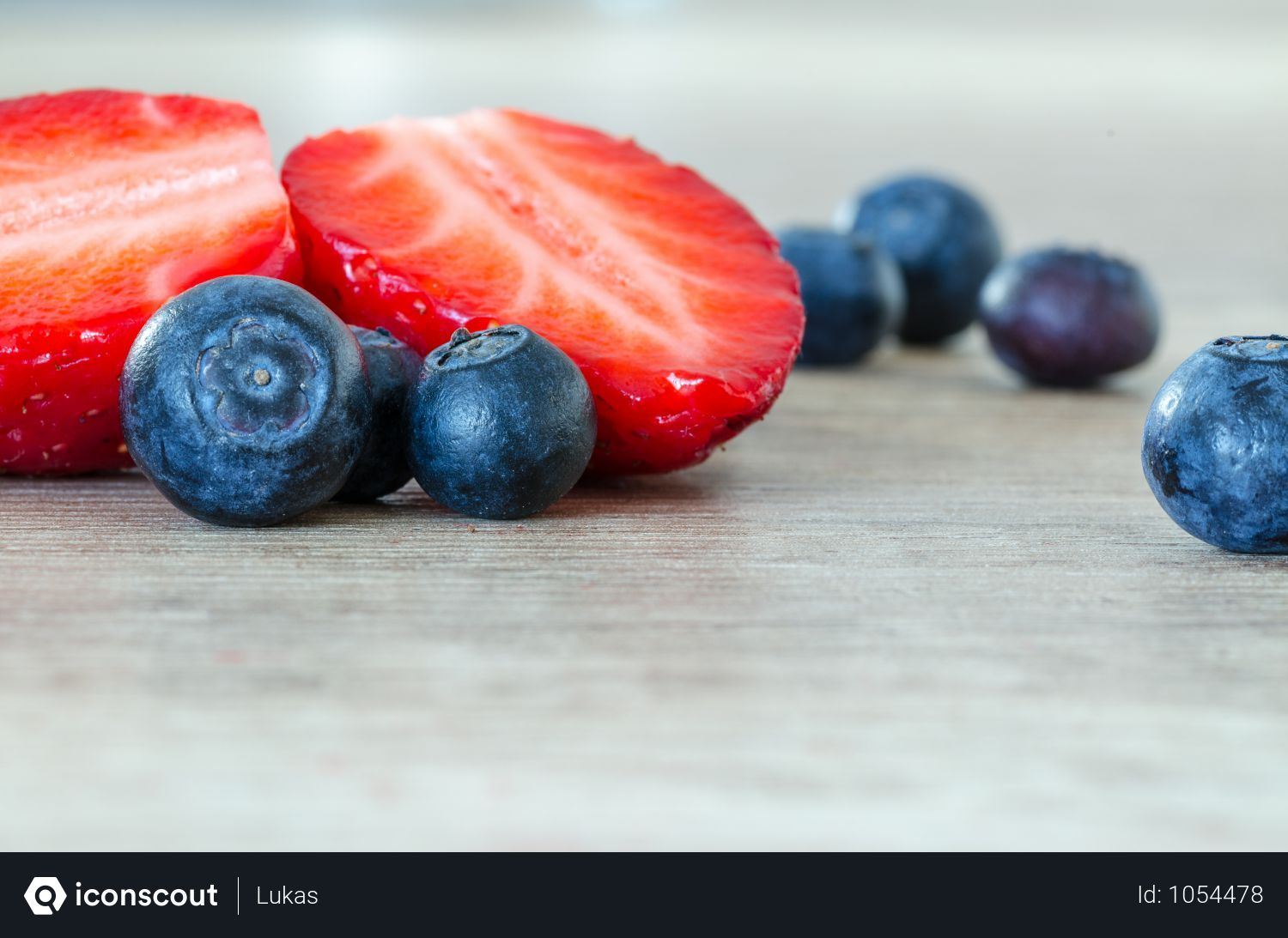 Free Fresh Blueberries And Strawberry On Table Photo