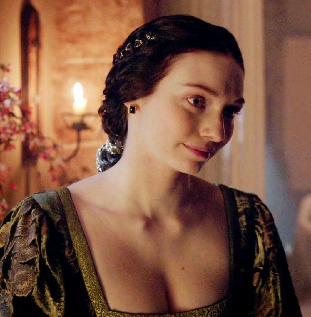 isabel neville - The White Queen BBC Photo (36423957) - Fanpop   Isabel Neville