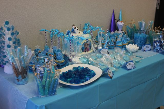 Best 25 Frozen Candy Table Ideas On Pinterest Diy Baby