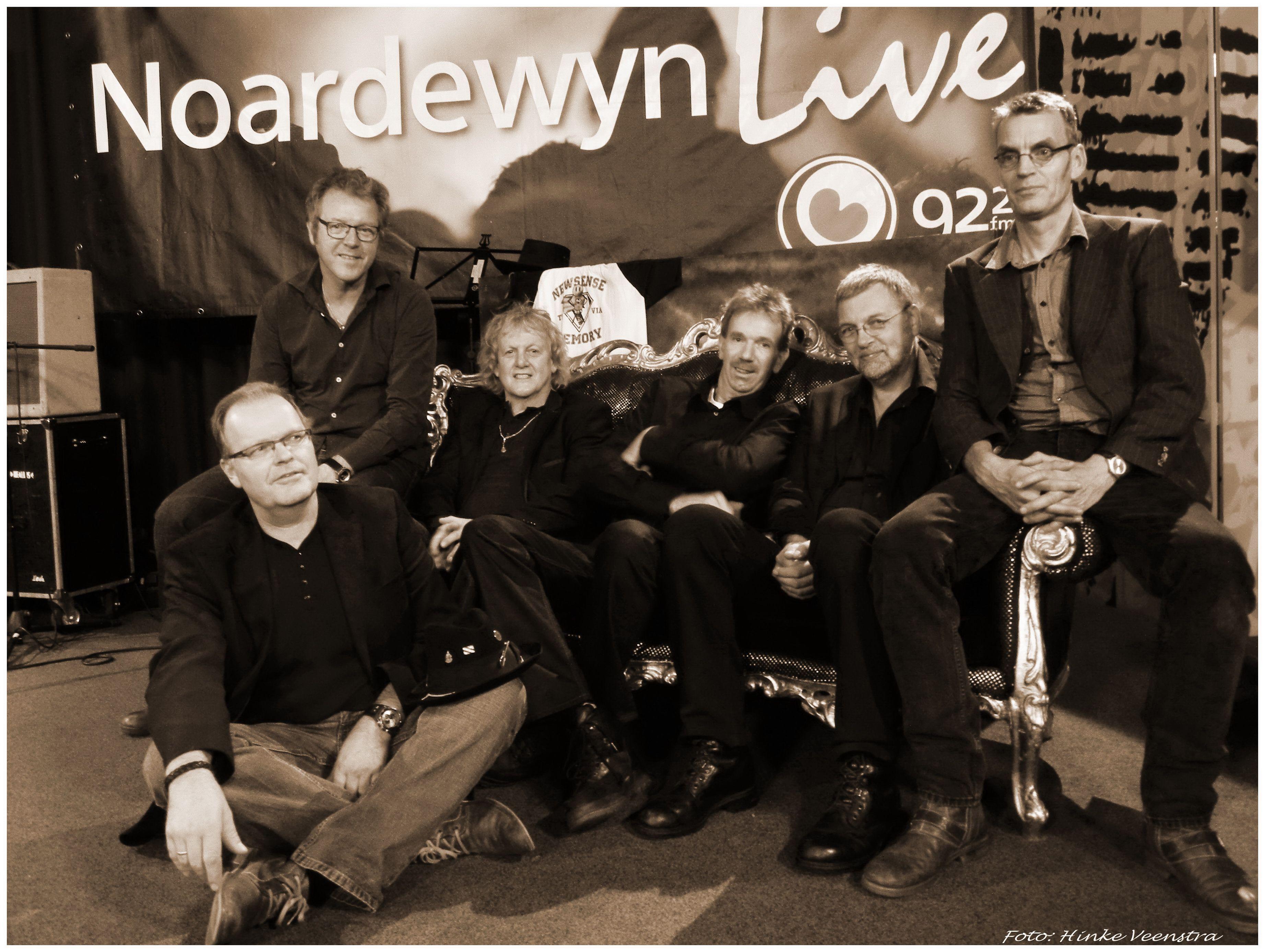 Fryske BluesBand HEALERS na -Live- optreden bij Omrop Fryslân