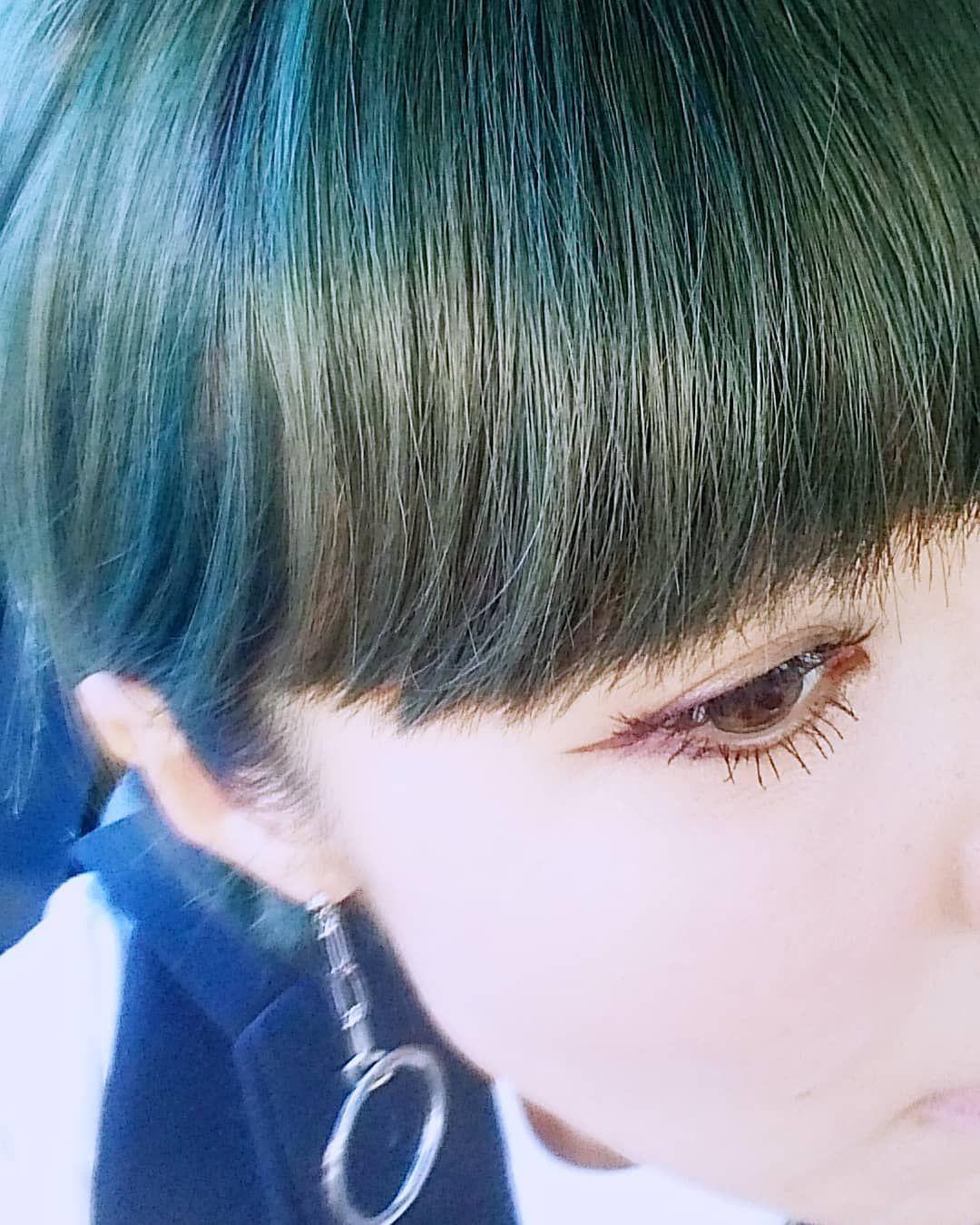 Hair Color ブルーからのムラシャンでブルーグリーンmixになってき