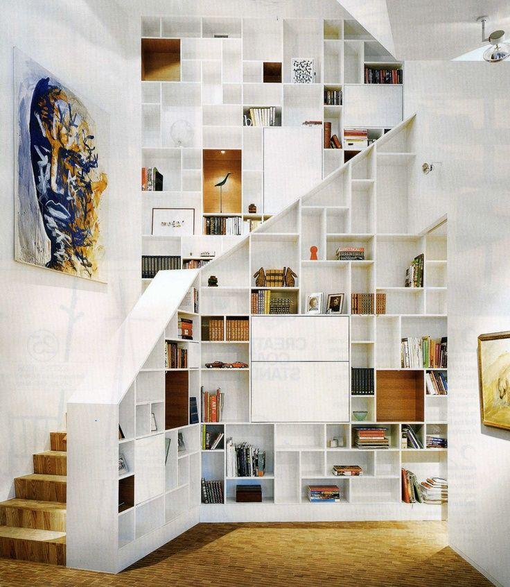 l 39 escalier est aussi un espace de rangement floriane lemari espace de placards escaliers. Black Bedroom Furniture Sets. Home Design Ideas