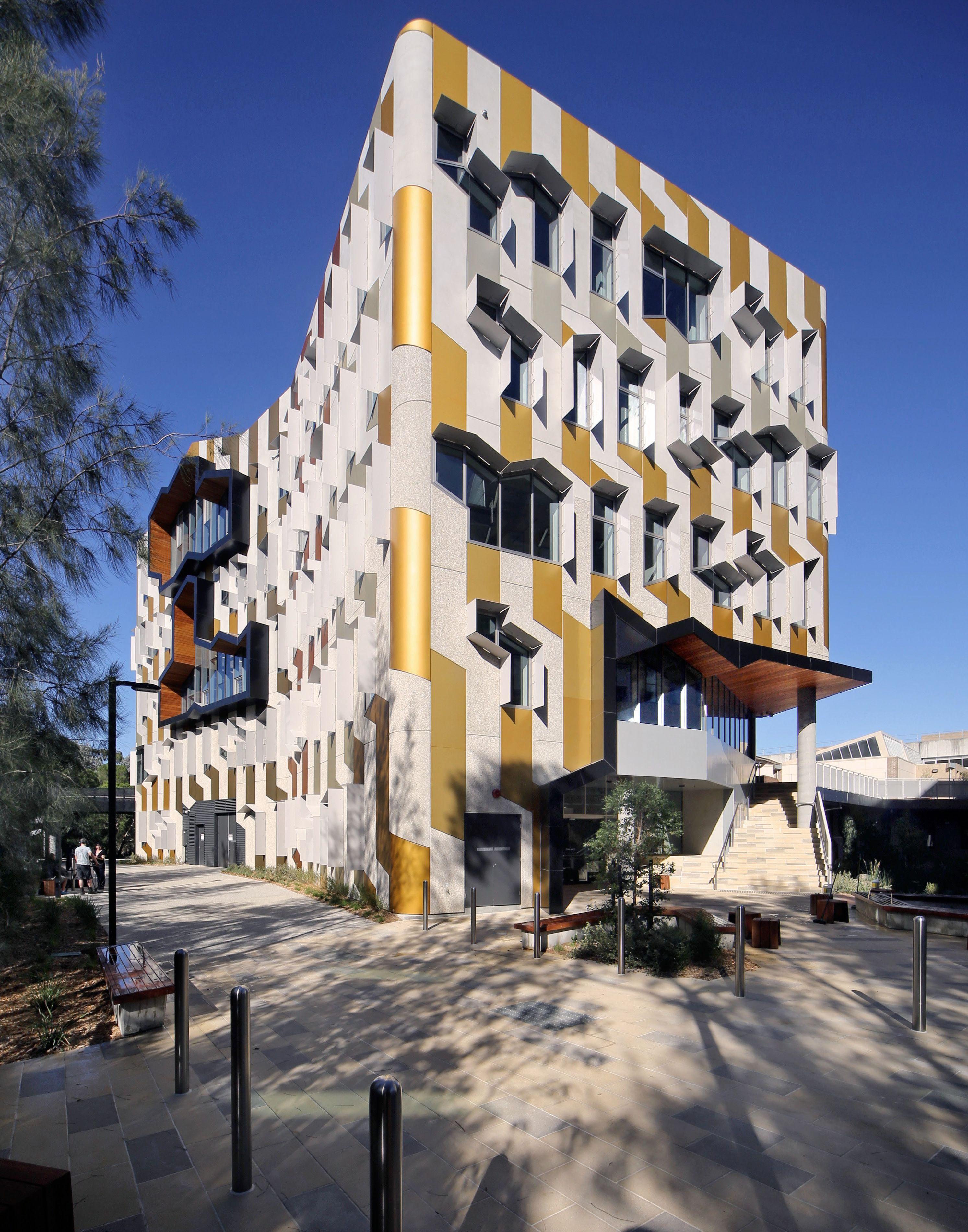 La Trobe Universities Sylvia Walton Building By Lyons Architecture