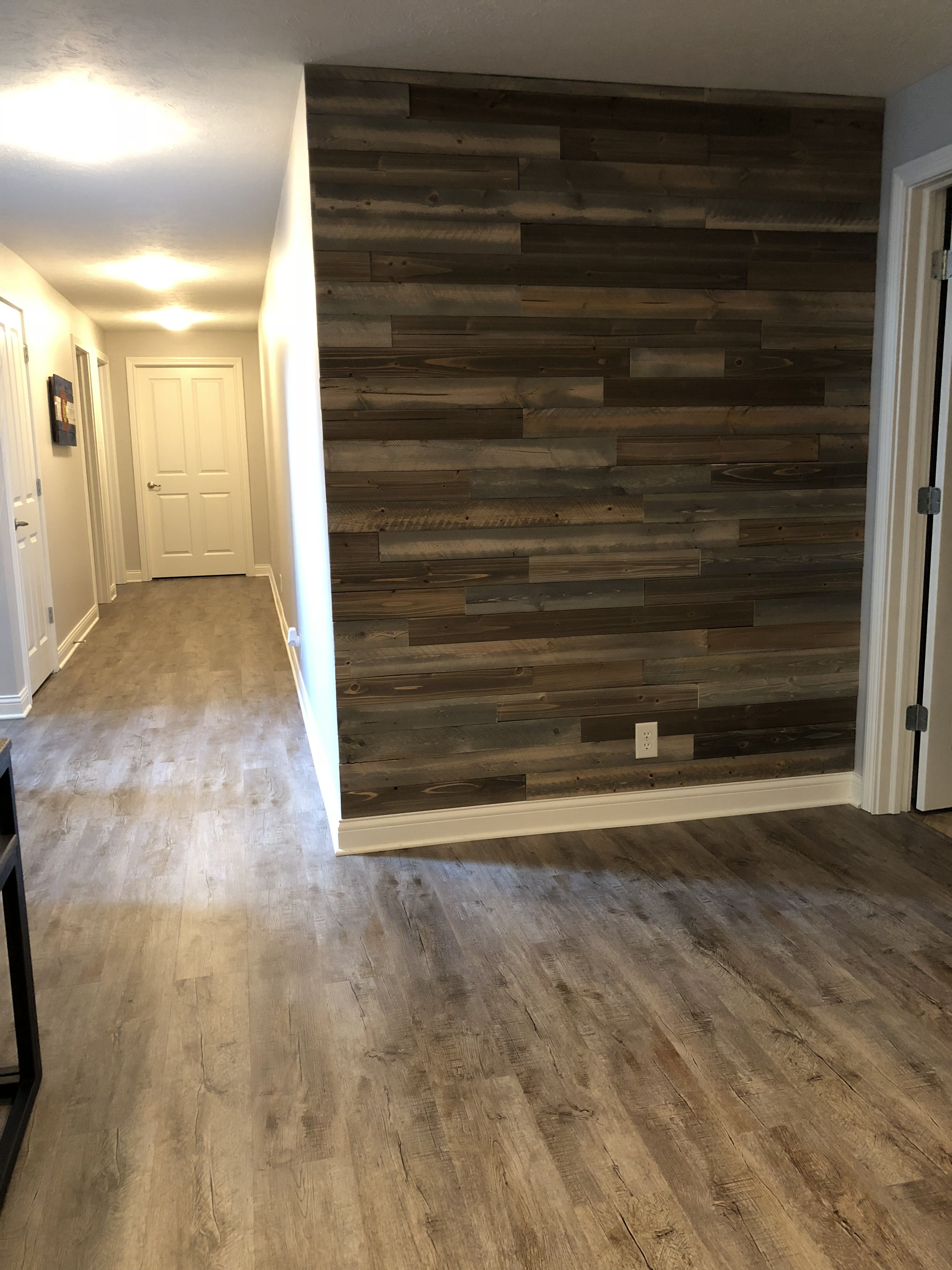 Rustic pallet wall | Rustic flooring, Old pallets, Rustic wood