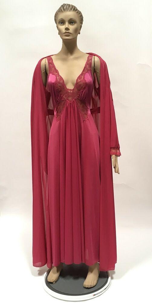 "d091ed5b0b Olga NIghtgown Robe Set Sz M Bodysilk Berry 190"" Sweep Nylon Dress Lingerie  Gown  Olga"