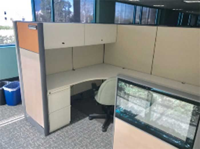 (714) 462-3676 - CA Office Liquidators Orange County has hundreds of used cubicles,used workstations and used office furniture available for sale.