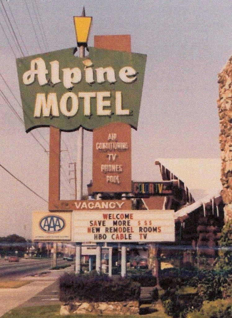 31++ Age to book a hotel in california info
