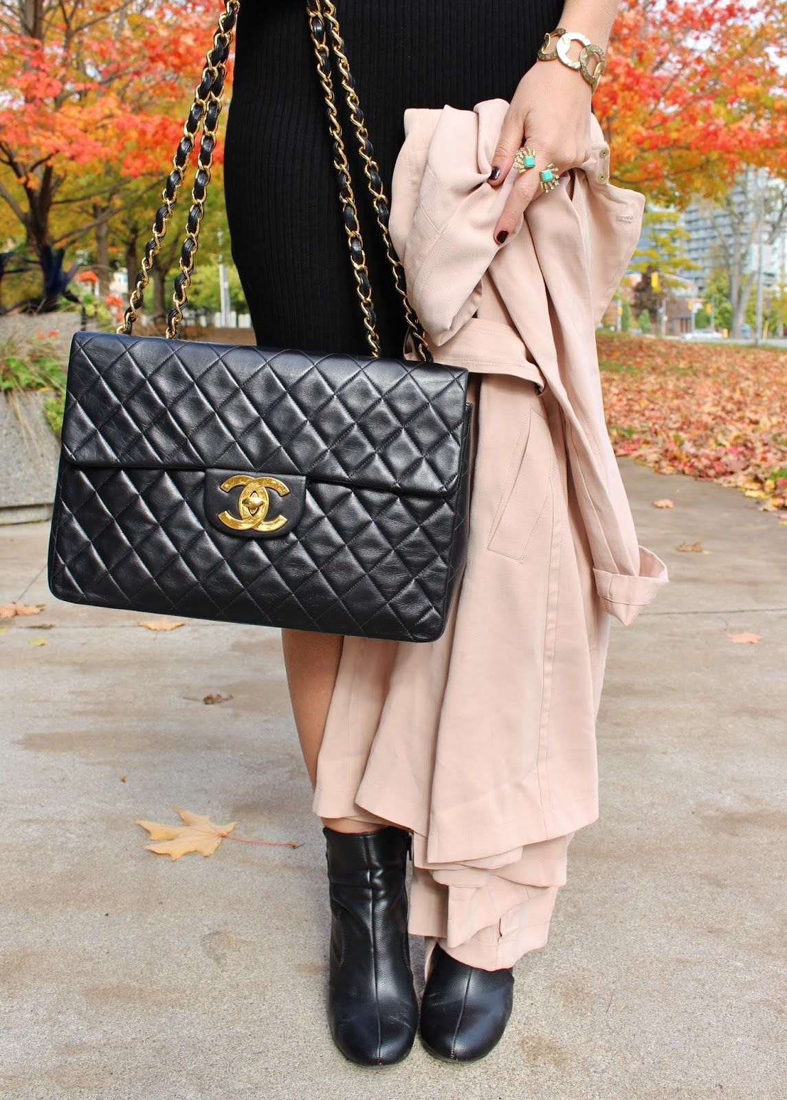 880a787cdaeeb4 Steal the Celebrity Look with GUESS | Pink | Vintage chanel bag ...