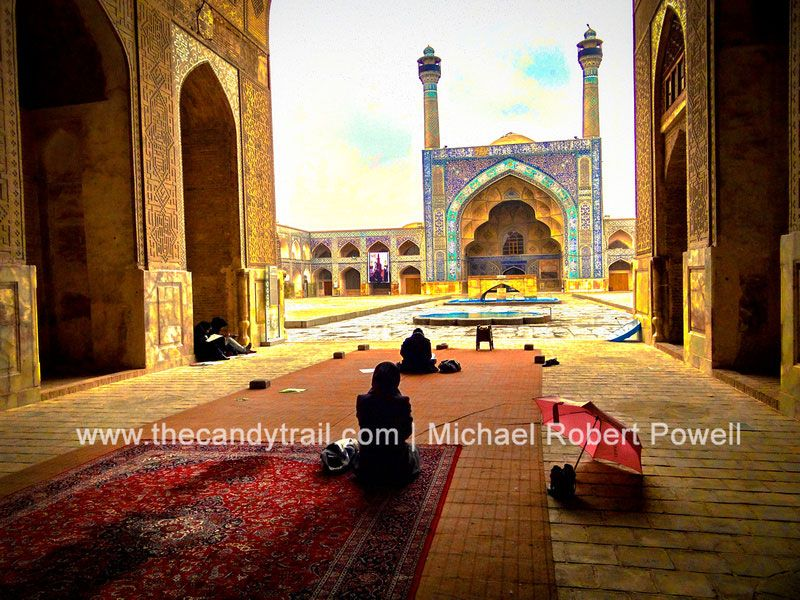 Female students sketching the Friday Mosque in Esfahan - Iran