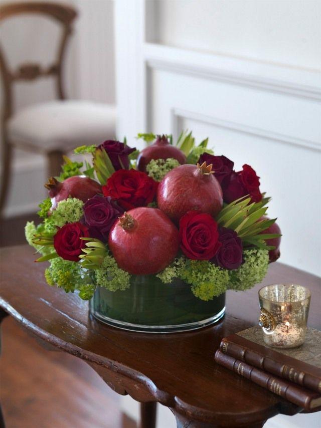 blumen fr chten ideen selbermachen granatapfel rosen dekoration pinterest granatapfel. Black Bedroom Furniture Sets. Home Design Ideas