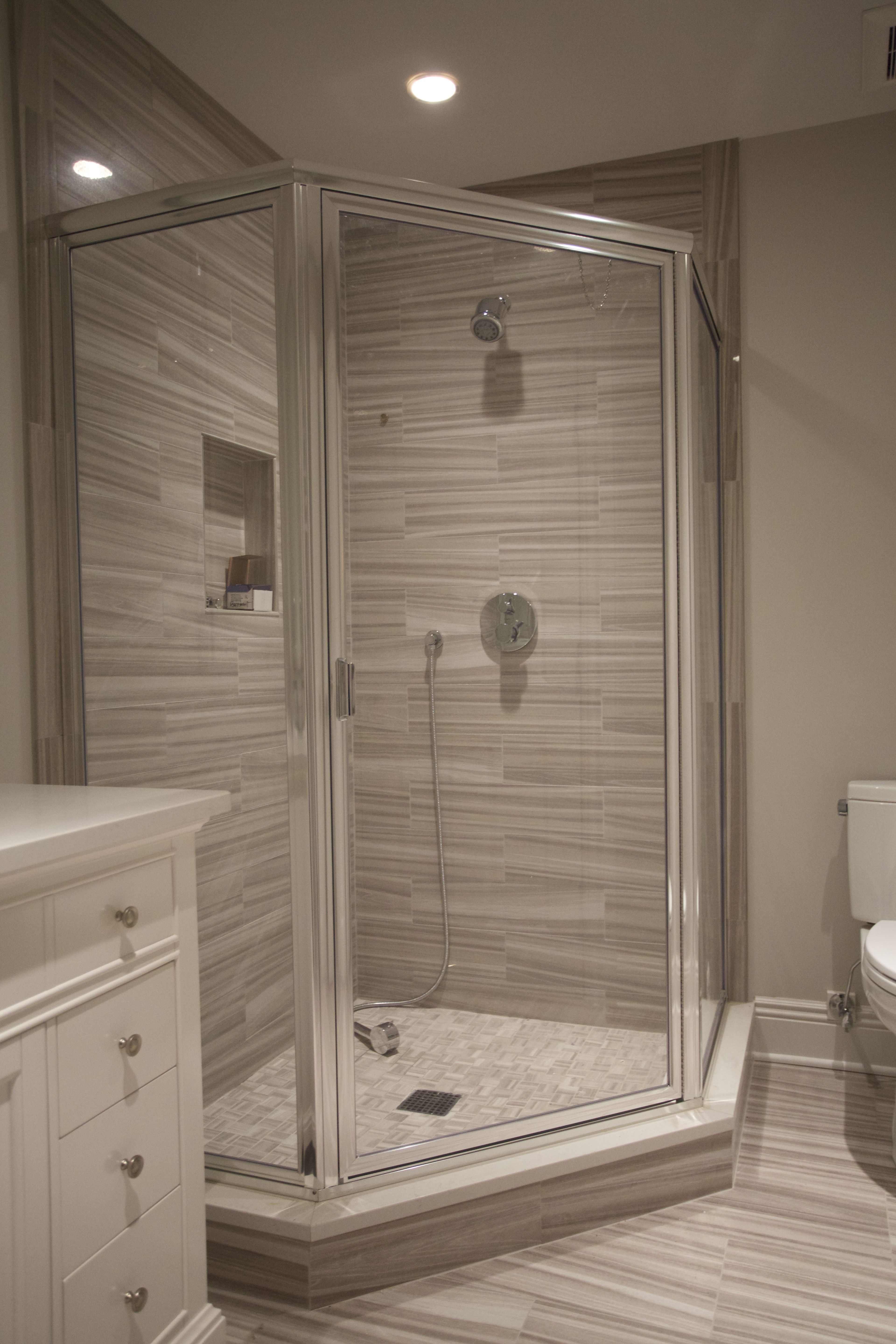 Chrome Framed Neo Angle Shower Enclosure with Clear Glass
