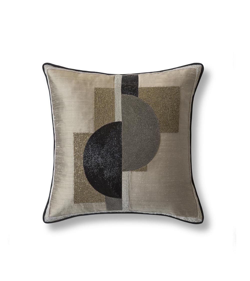 Piet cushion - Beaumont & Fletcher luxury handmade furniture and bespoke fabrics
