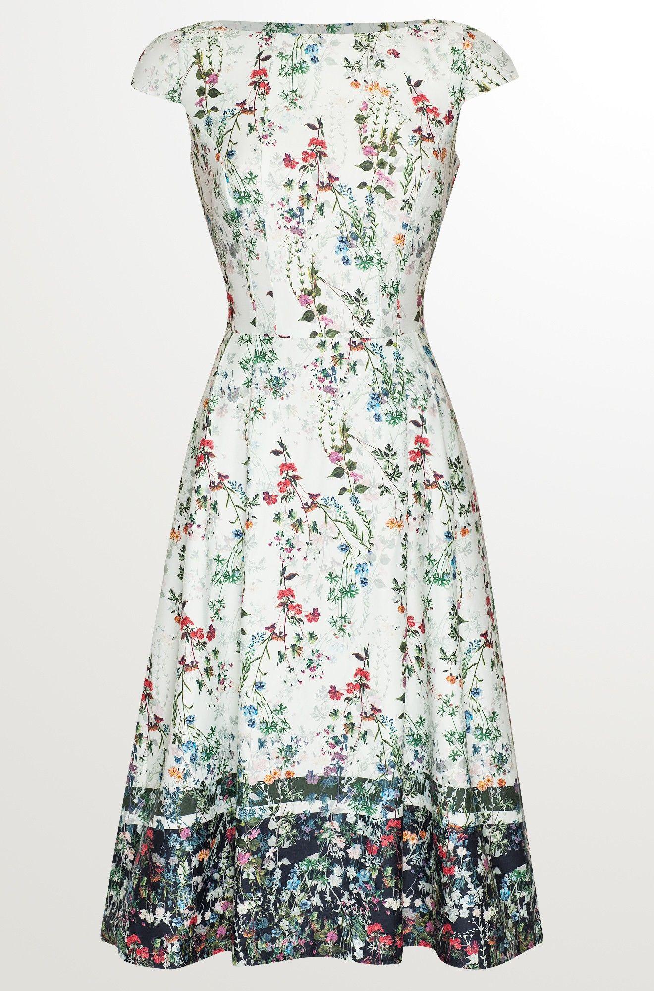 Midi-Kleid mit Blumen-Print  Schöne kleider, Kleider für jeden