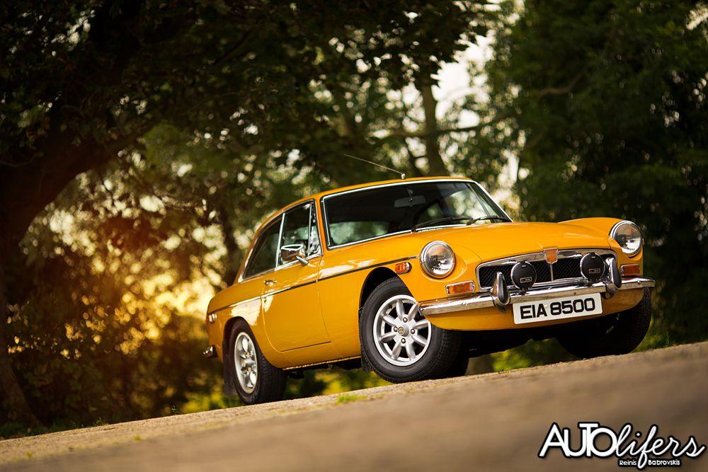 MGB GT Autolifers Reinis Babrovskis British sports cars