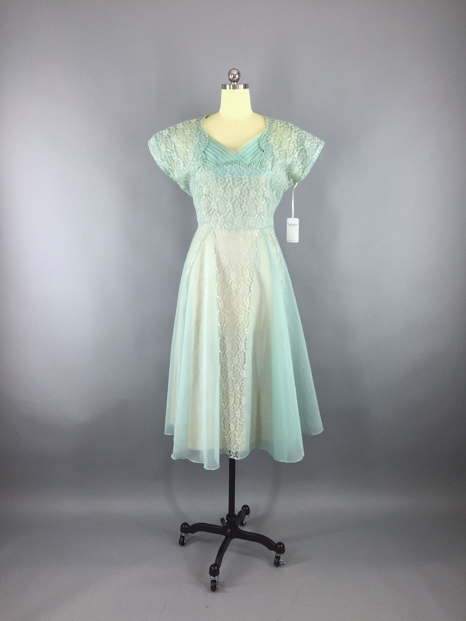 1950s lace dress  Vintage s Lace Dress  Sea Foam Green Chiffon  ThisBlueBird