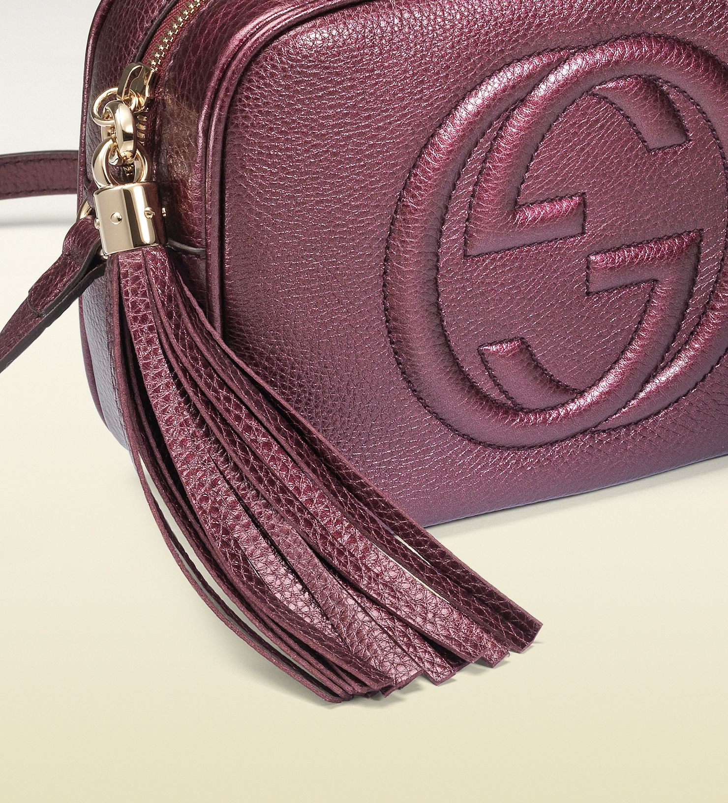 41b6c638427b GUCCI soho metallic leather disco bag in burgundy | My Style | Pinterest