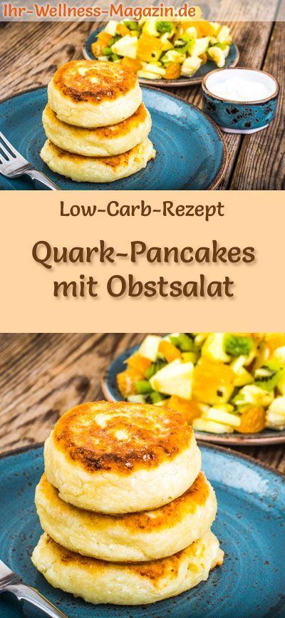 Low Carb Quark-Pancakes mit Obstsalat - süßes Pfannkuchen-Rezept