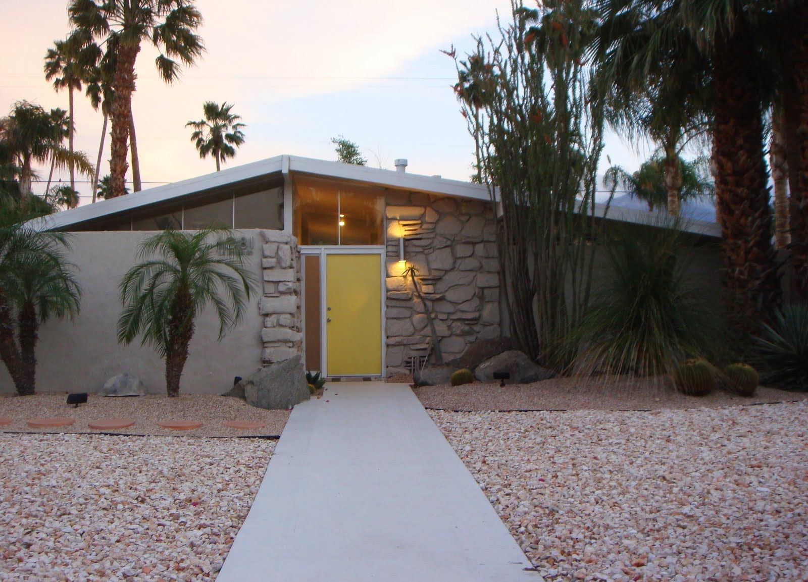 Mid Century Modern Wall Sconce Palm Springs Mid Century Modern Exterior Midcentury Modern Mid Century Modern House