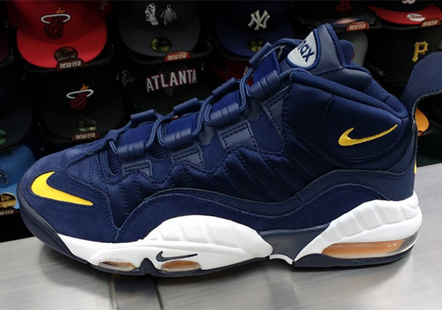 Free shoes · Nike Air Max Sensation Michigan Fab Five | SneakerNews.com