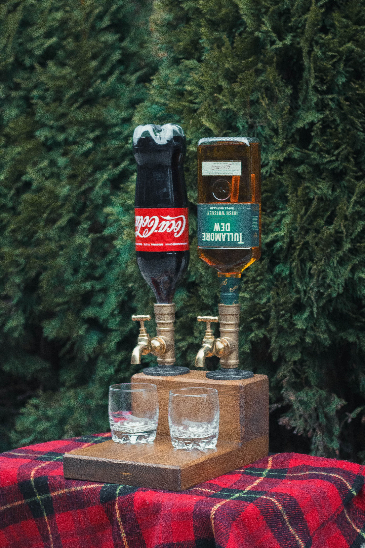 Double liquor alcohol whiskey wood dispenserchristmas
