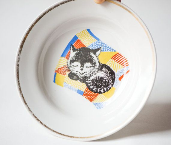 cute soup plate porcelain for cats lover small bowl housewarming tableware kids kitty fun happy cat 70s Vintage kids plate sleeping cat
