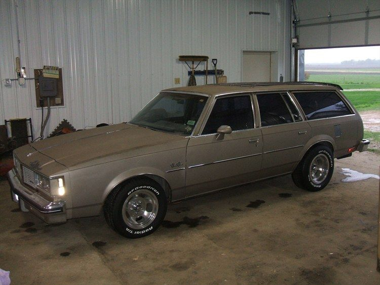 Oldsmobile Cutlass Cruiser Wagon Oldsmobile Cutlass Oldsmobile Wagon