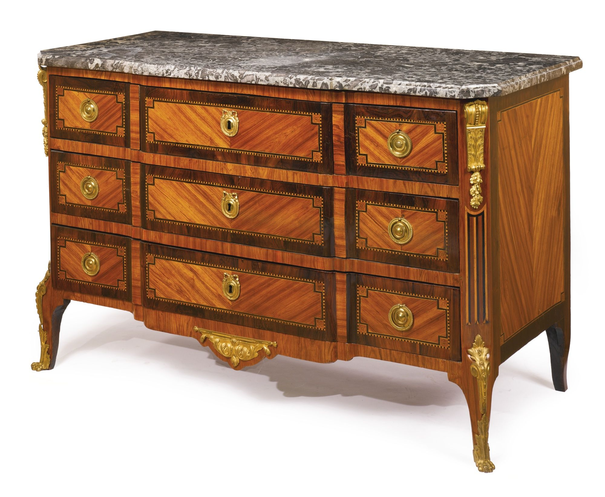 commodes/chest of drawers ||| sotheby's n09067lot6qk4zen