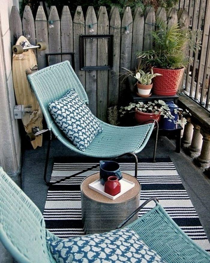 Balkon deko ideen teppichläufer beistelltisch pflanzen