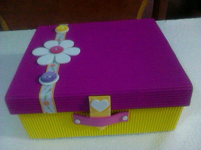 Resultado de imagen para cajas decoradas manualidades for Cajas de carton decoradas