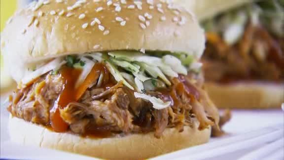 Video: How to Cook Pork in a Slow Cooker