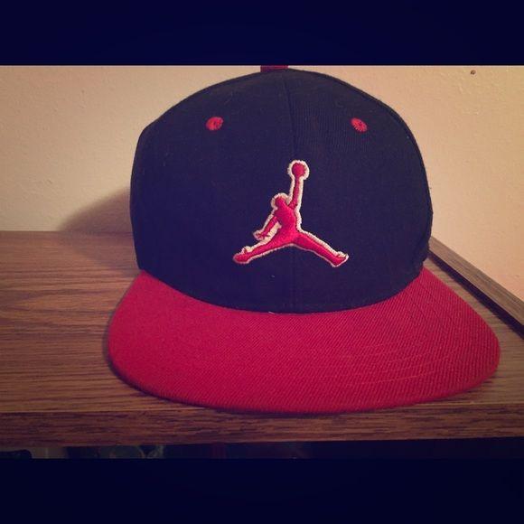 5c6b2bb9369bf6 Jordan hat New red and black Michael Jordan snap back. Jordan Accessories  Hats