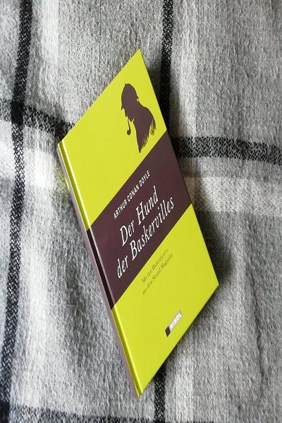 Der Hund Der Baskervilles Mit Bildern Hunde Sherlock Holmes Sherlock