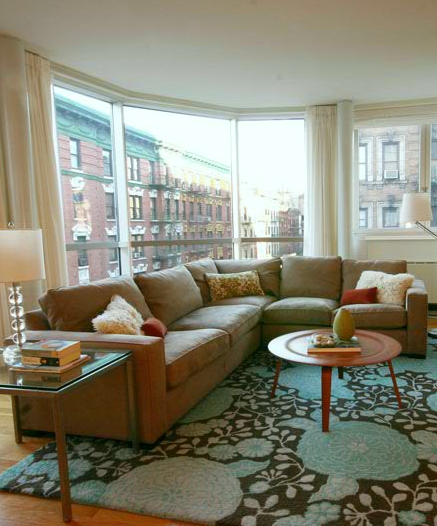 Tan Sectional With Turquoise Rug With Images Turquoise Rug
