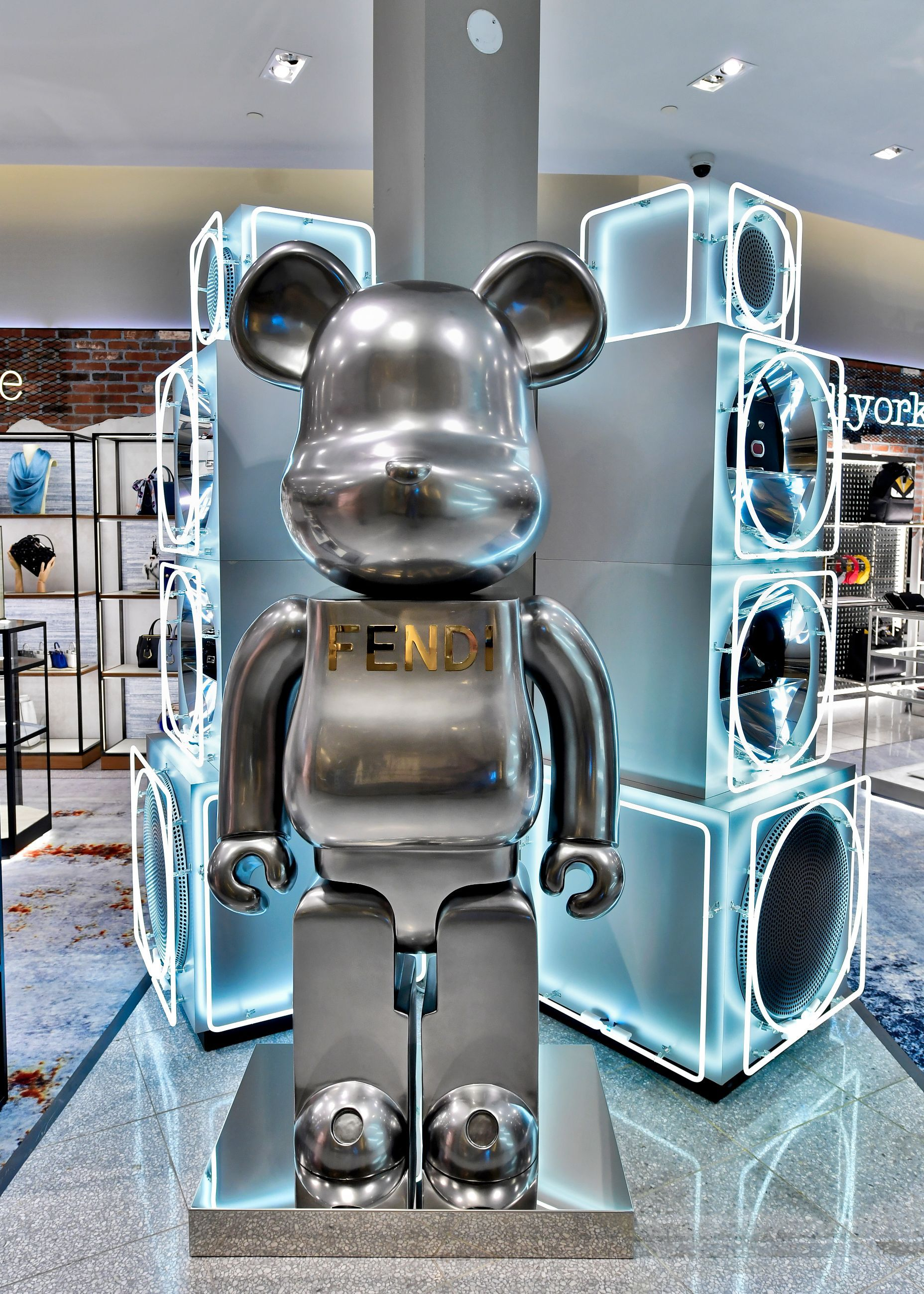 Check out the new Fendi boutique in Yorkdale daa533a0ca13