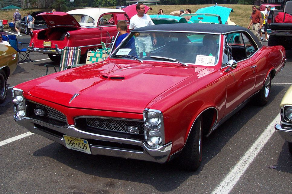 Top 10 Muscle Cars Examples Of Why Hybrids Are Wussies Pontiac Gto Muscle Cars Gto