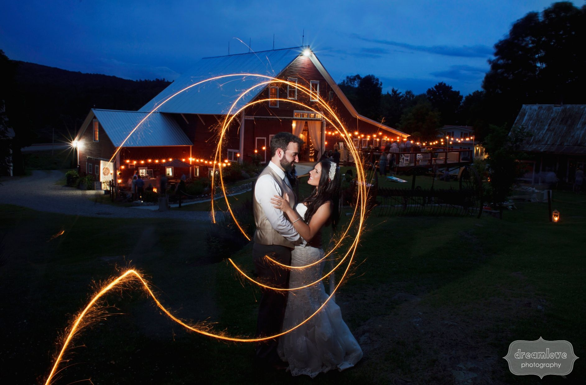 This Rustic Nh Wedding At Bishop Farm Was Filled With Glitter