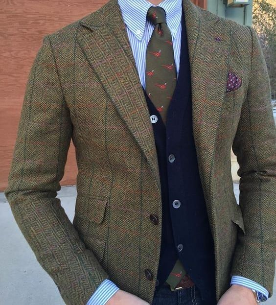 Love this pheasant and tweed look #menwithclass