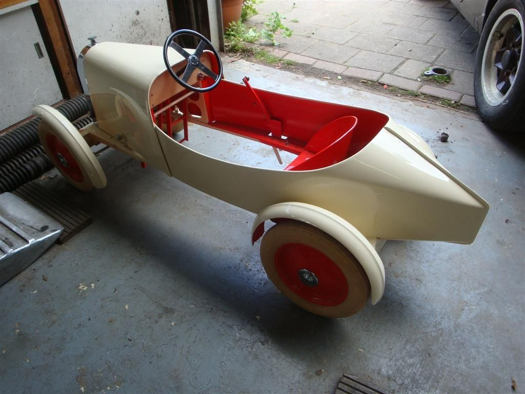 1928 pedalcars diverse pedal car 1 classic driver. Black Bedroom Furniture Sets. Home Design Ideas
